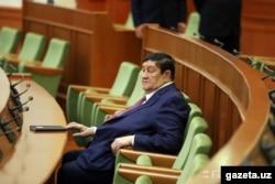 O'zbekistonning qudratli xavfsizlik xizmatiga 20 yildan ortiq rahbarlik qilgan Rustam Inoyatov.