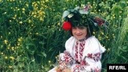 Дівчинка-полісяночка на Івана Купала