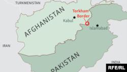 شماری از کارشناسان افغان میگویند که باید یک راه حل اساسی جستجو شود و در این زمینه یک بحث جدی با پاکستان صورت گیرد.