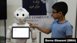 «الکامپ» بزرگترین نمایشگاه فناوری و تکنولوژی در ایران است که امسال در پایان تیر ماه برگزار شد.