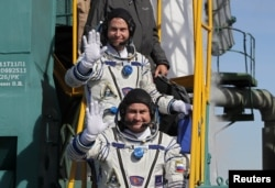 Astronauti amerikan Nick Hague dhe kozmonauti rus, Alexey Ovichinin.11 tetor, 2018