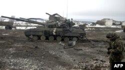 Украинская армия в районе Дебальцево. Донецкая область, 29 января 2015 года.