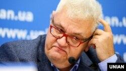 Радник секретаря РНБО Сергій Сивохо під час пресконференції. Київ, 11 листопада 2019 року