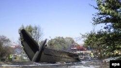 В результате катастрофы погибли 10 человек