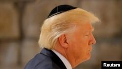 Дональд Трамп во время визита в Иерусалим в мае 2017 года