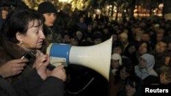 Алла Джиоева обращается к своим сторонникам