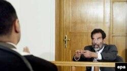 صدام حسین، دیکتاتور عراقی پس از محکومیت در دادگاه، اعدام شد.