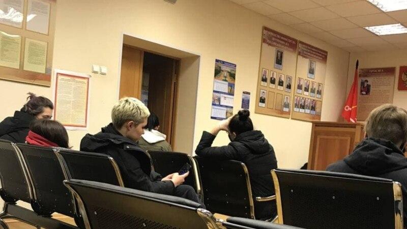 В Петербурге в полиции повесили плакат с нацистским рисунком