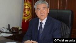 Қырғызстан ішкі істер министрі Абдылда Сұранчиев.