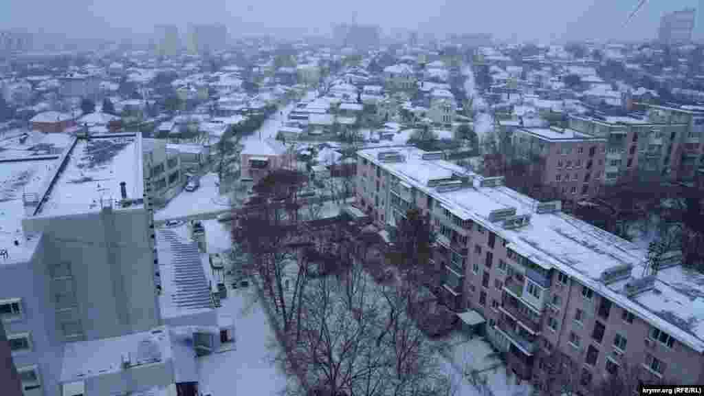 Сімферополь одразу ж після снігового світанку