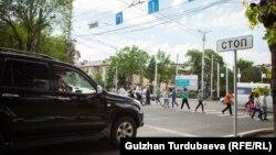 С запуском камер стоп-линии на перекрестках обрели смысл. Бишкек. 15 мая 2019 года.