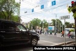 Камералармен жабдықталған Бішкек қаласының орталығы. Көрнекі сурет.