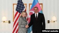 Germany - U.S. Secretary of State Hillary Clinton meets with Azerbaijani President Ilham Aliyev in Munich, 4Feb2012.