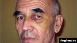 Правозащитник Азимжан Аскаров во время следствия со следами побоев на лице.