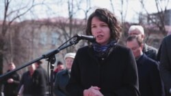 Рядом с посольством России в Киеве открыли сквер имени Бориса Немцова