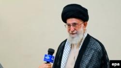 Udhëheqësi iranian, Ayatollah Ali Khamenei