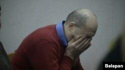 Суд у Менску над «хлопцам з бэнзапілой» Уладам Казакевічам, 3 сакавіка 2017. На фота: муж забітай Уладам жанчыны