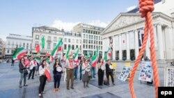 Бельгия. Протест против казни политзаключенных в Иране