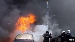 يکی از انفجارها در نزديکی دفتر نخست وزير الجزایر صورت گرفته است.