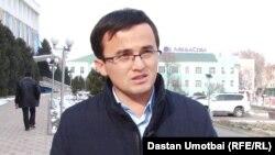 Азамат Абсаттаров.