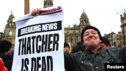 Демонстрация в Глазго тех, кто не разделял политические взгляды Маргарет Тэтчер