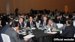 Русия-Сингапур форумында Татарстан вәкиллеге. 2011 ел.
