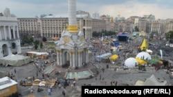 Майдан після очищення від барикад (фотогалерея)