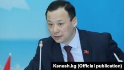 Руслан Казакбаев, Қырғызстан парламентінің депутаты.