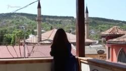Борьба за Ханский дворец: одиночный пикет Эльмаз Акимовой (видео)