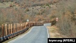 Дорога в Морозовку идет от автомобильной трассы Севастополь – Ялта