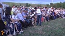 Камал театры артисты Ташлык авылын җәйге җыен белән сакларга тырыша