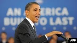 Obama 2013-nji ýylyň býujeti barada studentleriň öňünde çykyş edýär, Annandeýl, 13-nji fewral.