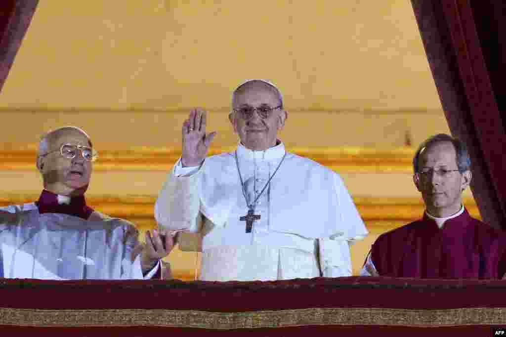 Новообраний Папа Римський Франциск, Ватикан, 13 березня 2013 року