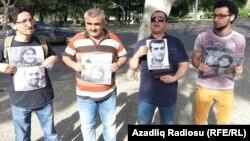 Gürcüstanda Azərbaycan səfirliyi qarşısında aksiya (Əfqan Muxtarlı soldan 2-ci). 27May2015