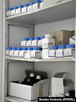laboratorija Jugomedika, mesto na kome se nalazi oasan medicinski otpad, ilustrativna fotografija, Kragujevac, 14. novembar 2011.