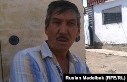 Дайрабай Кабдышев, житель поселка Шанырак. Алматы, 15 июля 2013 года.