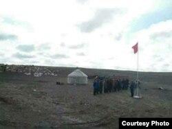 Церемония чествования государственного флага Китая в Коктогайском районе Алтайского округа. Иллюстративное фото.