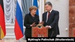 Ангела Меркель і Петро Порошенко перед початком переговорів у Мінську, 11 лютого 2015 року