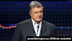 Президент України Петро Порошенко в ефірі телеканалу ICTV у програмі «Свобода слова»