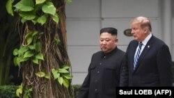 Кім Чэн Ын і Дональд Трамп у Віетнаме, 28 лютага 2019 году