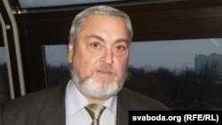 Уладзімер Даўжэнка