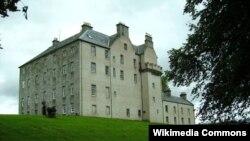 Замок Грант в Шотландии