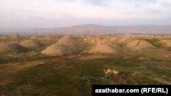 Кладбище в Туркменабаде (архивное фото).