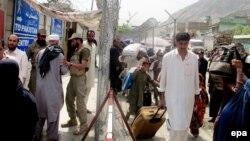 Пограничный контрольно-пропускной пункт на границе между Афганистаном и Пакистаном в районе Хайберского прохода.