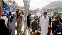 مهاجرین مؤقتاً برگشتۀ افغان از پاکستان به خانۀشان رفته نمیتوانند