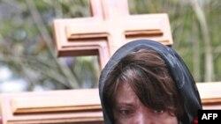 Погибших в результате терактов хоронили в России, Молдавии, Таджикистане.