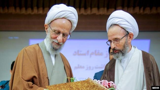 محمود رجبی از مصباح یزدی تجلیل میکند، اردیبهشت ۱۳۹۶