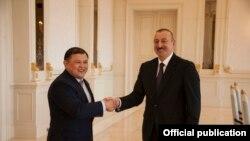 Дастан Жумабеков жана Ильхам Алиев. Баку, Азербайжан.