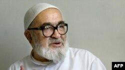 آيت الله منتظری، سرشناسترين روحانی منتقد حکومت ايران،