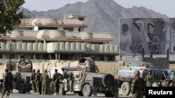 په کندهار کې افغان ځواکونه ګشت کوی